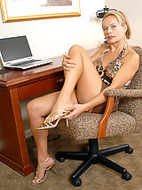 High Heels Legs, Busty Anilos Viktoria caresses her clitoris on top of her desk
