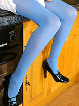 Stiletto Shoes, Brunette beauty Chrystal Lee in a refreshing outfit with thick blue pantyhose.