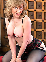 Nina Hartley,Seduced By A Momma Hartley, Danny Wylde, Cougar, Floor, Living room, Table, Ass smacking, Ball licking, Big Butt, Blonde, Blow Job, Blue Eyes, Cum in Mouth, Fake Tits, Hand Job, Mature, Medium Fake Boobs, Outie Pussy, Stockings, Swallowing, T