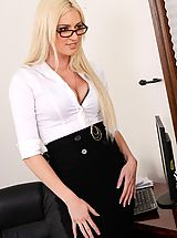Victoria White,Naughty Office,Victoria White, John Strong, Employee, Secretary, Chair, Floor, Office, Blonde, Blow Job, Cum in Mouth, Glasses, High Heels, Natural Boobs, Shaved, Swallowing,