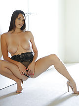Sexy Heels, Holly Michaels