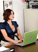 Naughty Office, Krissy Lynn