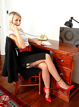 Busty Secretary, Business lady Evey in merry widow and coffee full fashion nylons!