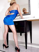 Madison Ivy, Goes Best in Blue