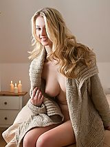 Naked Girl  Carisha in Hello