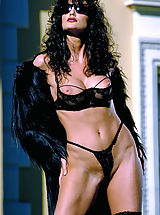 Julie Strain in black on a hot desert resort, cum join her for meditative relaxation and massage.
