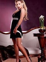 Teen Dreams Pics: Nikki Benz is a smooth ride that exudes class from top to bottom...luxury at it's finest!!!