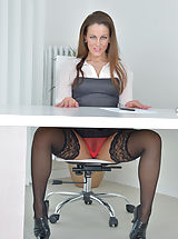 Sexy Secretary, Valentina_ross - Horny MILF bends over and teases her juicy twat