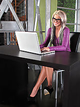 Secretary, Moist Snatch from 847 Jessa Rhodes