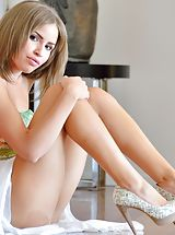 Undressed Natasha Mature Spreads