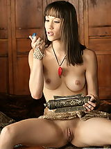 WoW nude alia asian pricess of labia