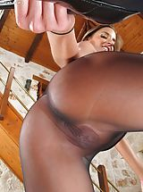 boutique lingerie, Disrobed Sinful Dame Set No. 1037 Amirah Adara shows her attractive crotch
